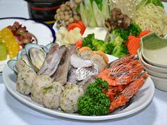 お部屋で夕食♪海鮮鍋プラン♪(朝食付)